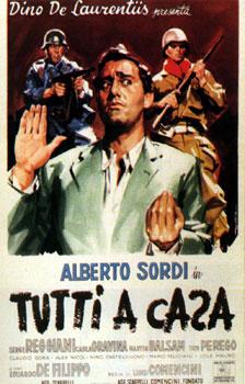 """Alberto Sordi nel film """"Tutti a casa"""""""